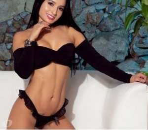 Yonna model escorts Omaha